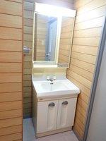 洗面室:独立型洗面台