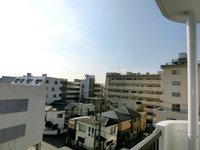 眺望:バルコニーからの眺望を撮影。