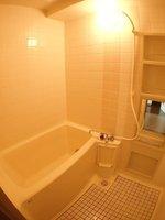 浴室:追焚機能新規設置済みの浴室です。