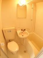 浴室:3点ユニットバス