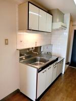 キッチン:ゆったりとしたスペースのキッチンです。