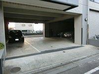駐車場:敷地内駐車場