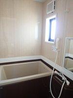 浴室:追い焚き機能付き浴槽