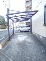 駐車場:屋根付き駐車場