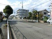 その他現地写真:南側前面道路(公道)、幅員約6m