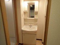 洗面室:入居中の為、写真は別室のものでイメージです
